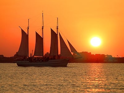 private Charleston boat rentals