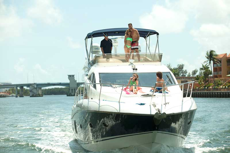 Rent a boat with Dad this year