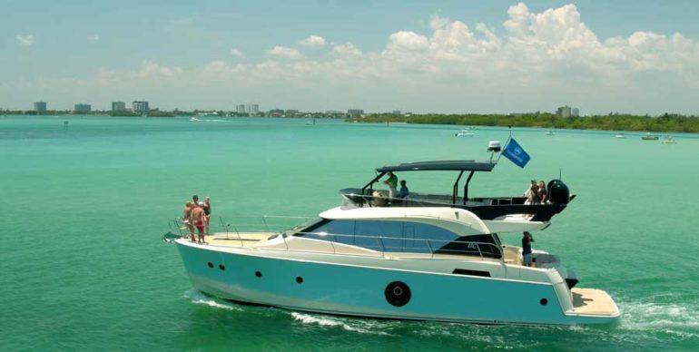 vacation boat rentals