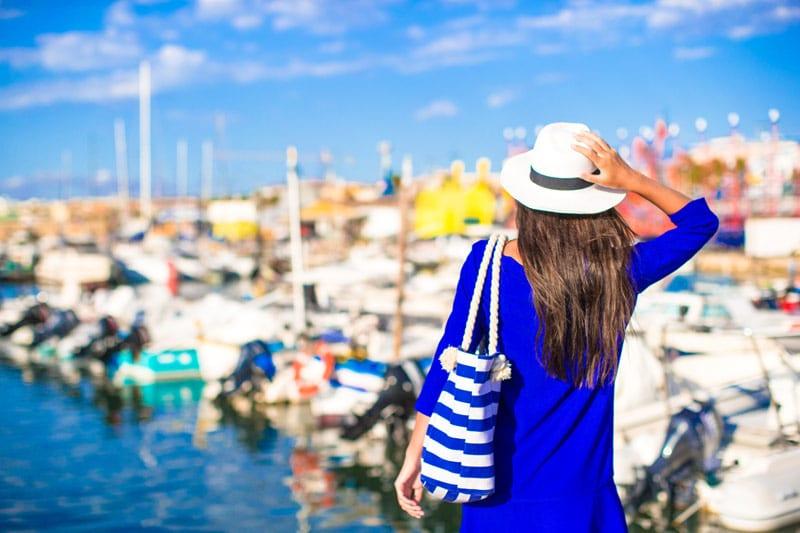 yacht charter fashion