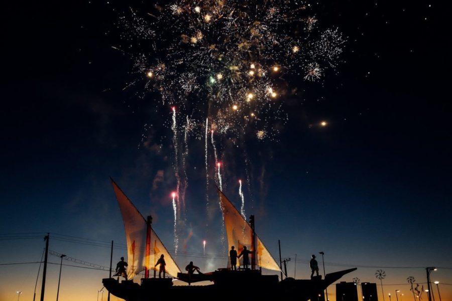 boat-fireworks