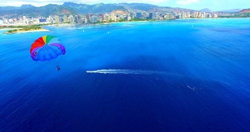 hawaii parasailing